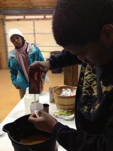 measuring salt for dye mixture